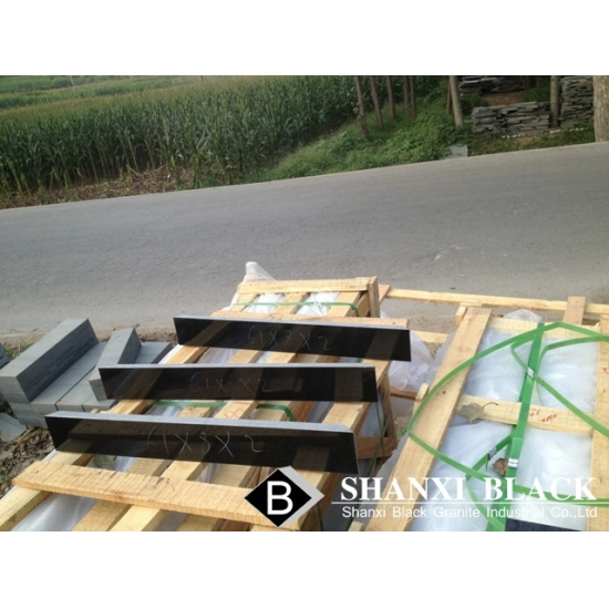 China Black Granite Tiles Slabs With 45 Degree Cutting For
